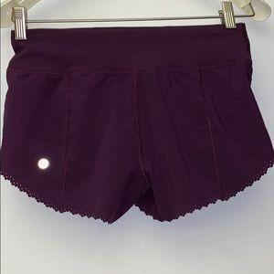 New Lululemon women shorts size 4